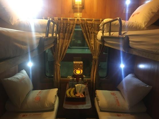 vietnam overnight train