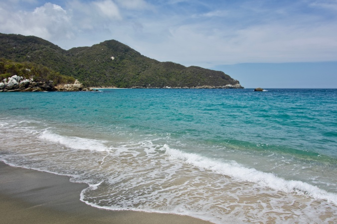 playa nudista tayrona